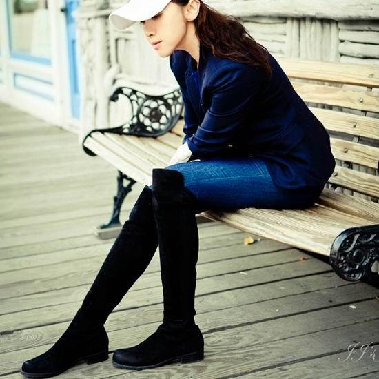 白菜速抢!Stuart Weitzman 5050 女式时尚平底过膝长靴(9.5码)3.2折 274.91加元包邮!朱莉同款!