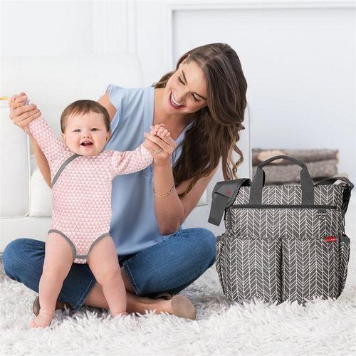 折扣升级!精选Skip Hop妈咪包、宝宝爬行垫、玩具 2.5折起+额外8.5折,封面款仅售 36加元!