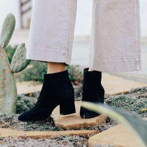 白菜价!Naturalizer 官网闪购!精选女式鞋靴2.5折起+额外7折+包邮!雪地靴低至27.99加元!内附单品推荐!