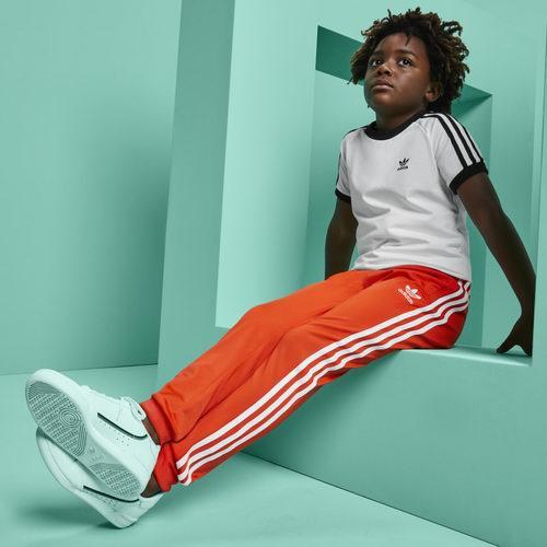 Adidas 春季特惠:精选儿童运动服、运动鞋 6折起特卖,T恤低至15加元!