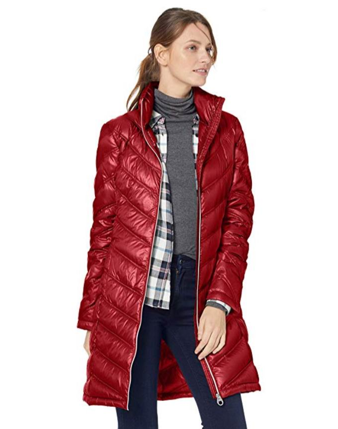 Calvin Klein Chevron-Quilted 轻便羽绒服 55.33加元,原价 116.99加元,包邮