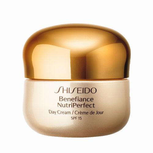 Shiseido 资生堂 盼丽风姿日霜SPF15  90加元(原价 110加元)+送价值101加元红腰子5件套大礼包!