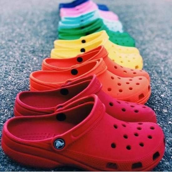 Crocs 卡洛驰 官网大促升级!精选洞洞鞋、凉鞋等4折起+额外7.5折!内附单品推荐!