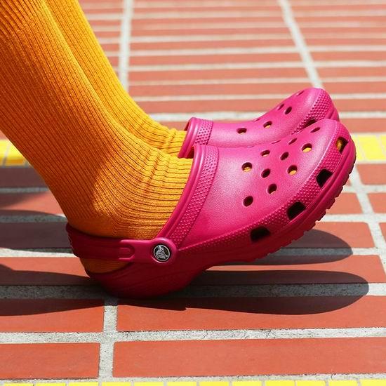Crocs 卡洛驰 官网闪购!指定款洞洞鞋、凉鞋等,任购2双仅需50加元+包邮!内附单品推荐!