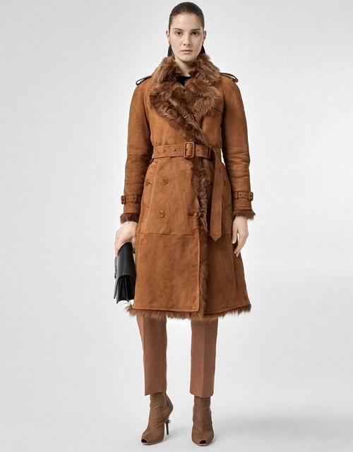 彰显贵族气息!Burberry 巴宝莉 羊毛大衣 2250加元,原价 4450加元,包邮