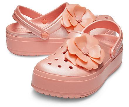 Line Friends限量版洞洞鞋,2双仅需65加元!Crocs 卡洛驰 新款洞洞鞋、凉鞋等全部仅售30-40加元+变相额外8折!