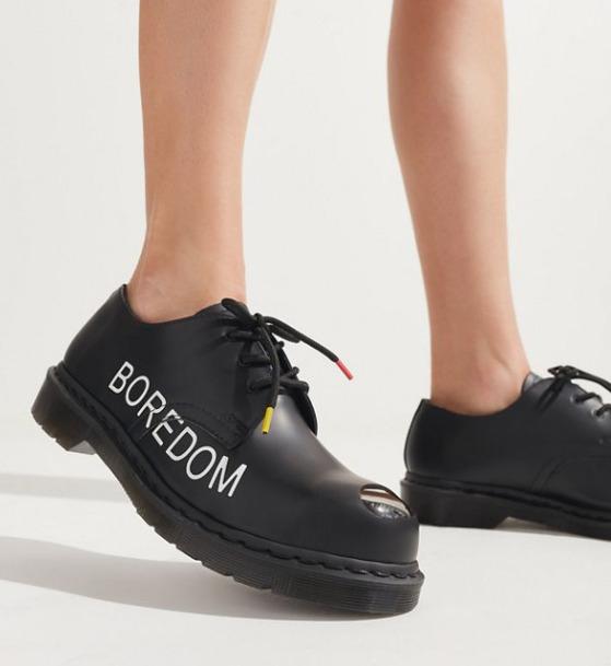 精选Champion、Dr. Martens等品牌潮服、潮鞋 5折起+额外7折!83.99加元入Dr. Martens 封面款!