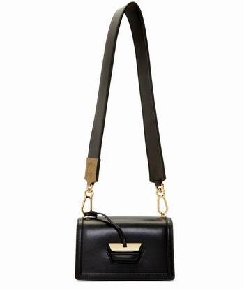 明星最爱款!Loewe 几何包、马鞍包 、小象包 3折起优惠!封面款2369加元!