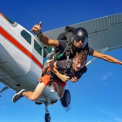 时髦好玩又刺激!Skydive Ontario 高空跳伞仅需225加元!