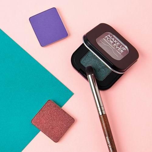 MAKE UP FOR EVER Artist高机能粉质眼彩 自由拼多色彩 好叠色 16加元,原价 22.5加元