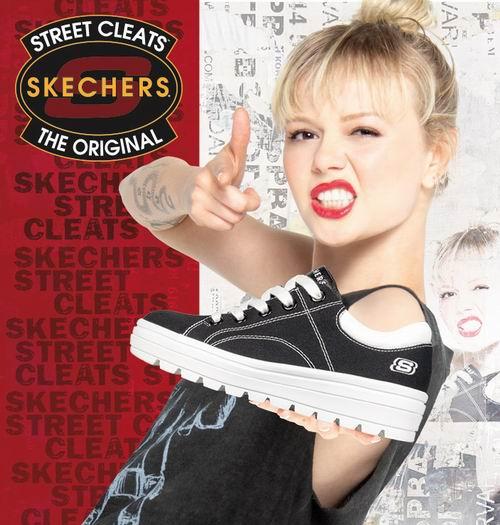 Skechers Street厚底休闲鞋 红色款 36.88加元(8码),原价 82.54加元,包邮