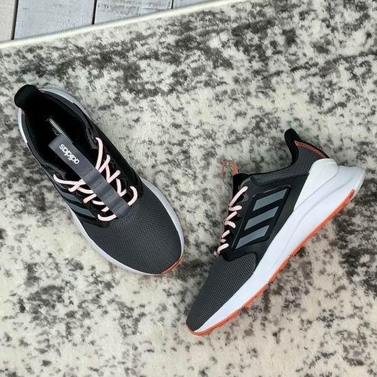白菜码齐!adidas ENERGYFALCON X 女式复古运动鞋 28加元包邮!清仓区额外7折,大量上新!