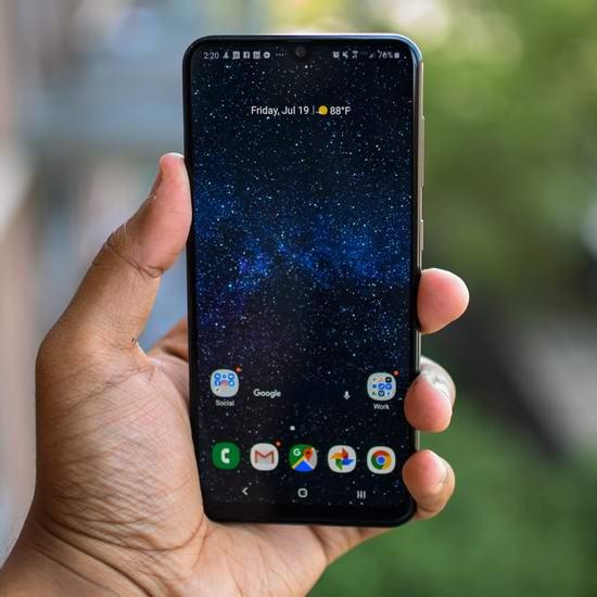黑五好价!历史新低!Samsung 三星 Galaxy A20/A50 6.4英寸解锁版智能手机 239.99-319.99加元包邮!2色可选!比三星官网、BestBuy黑五便宜80加元!