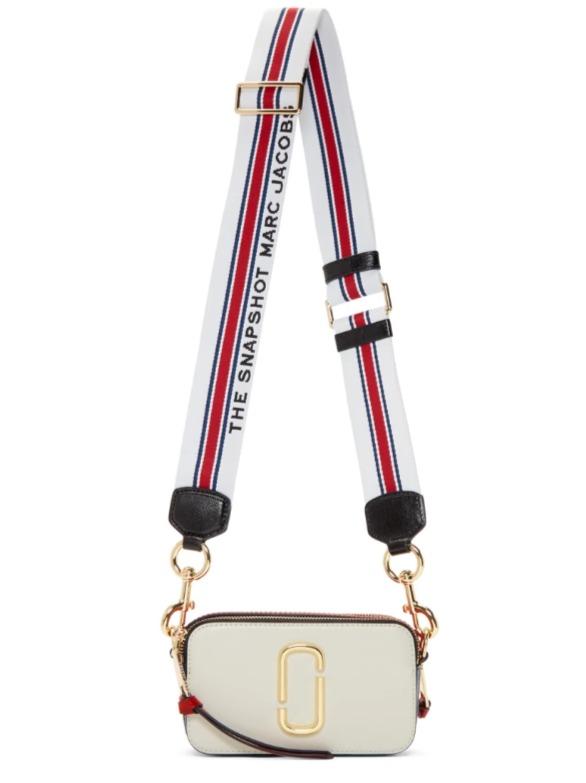 折扣升级!SSENSE 精选时尚奢侈大牌4折起!Loewe粉色迷你马鞍包1181加元、YSL钱包654加元、fendi卡包362加元、相机包289加元