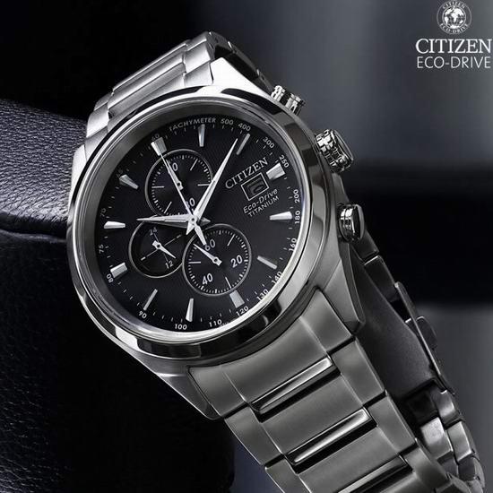 历史新低!Citizen 西铁城 CA0650-58E 超级钛 三眼计时 光动能男式腕表/手表4.1折 223.36加元包邮!