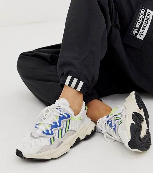 今日闪购!adidas成人儿童运动鞋专场:SENSEBOOST GO系列80加元、NMD_R1系列90加元、OZWEEGO系列90加元