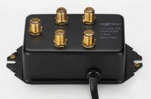 FOUR-SET UHF/VHF/FM COAX AMPLIFIER 4口输出电视信号放大器