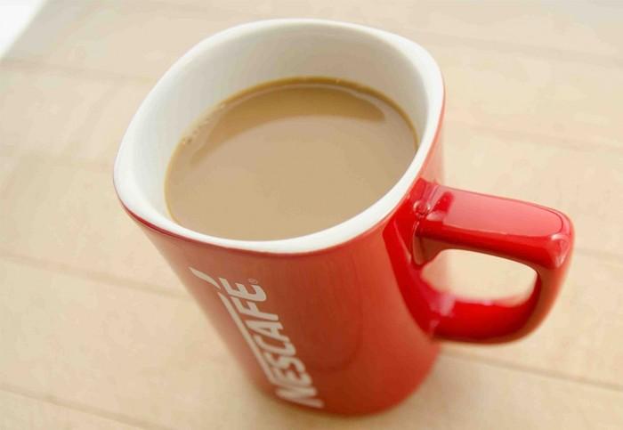 NESCAFÉ 雀巢香甜奶油免煮速溶咖啡 29.82元特卖(法式香草/原味 108小袋装),原价 47.97元,包邮