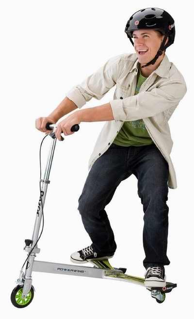 历史最低价!Razor 20036099 PowerWing DLX 青少年三轮滑板车2.6折 50.69元限时清仓并包邮!