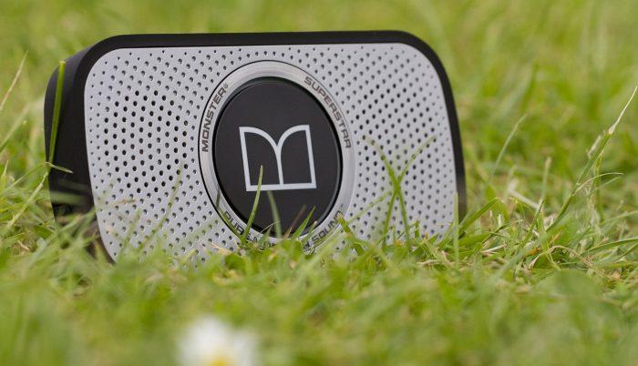最小发烧蓝牙音箱!Monster魔声 Superstar 蓝牙重低音便携式音箱 68元特卖(4色可选),原价 129.95元,包邮