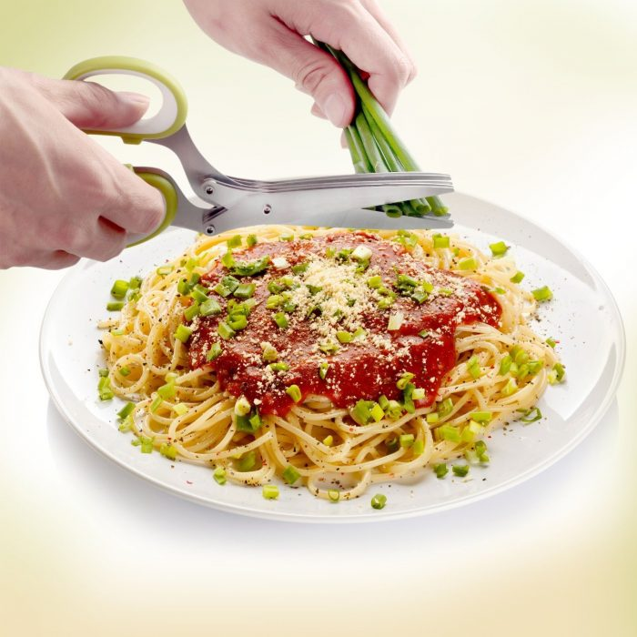 创意神器 ! 快速便利 Orblue 烹饪剪刀 13.87加元,原价 31.74加元