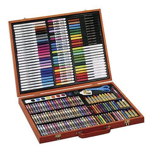 Crayola 绘儿乐 灵感艺术儿童绘画200件套礼盒装 29.97元,原价 39.99元,包邮