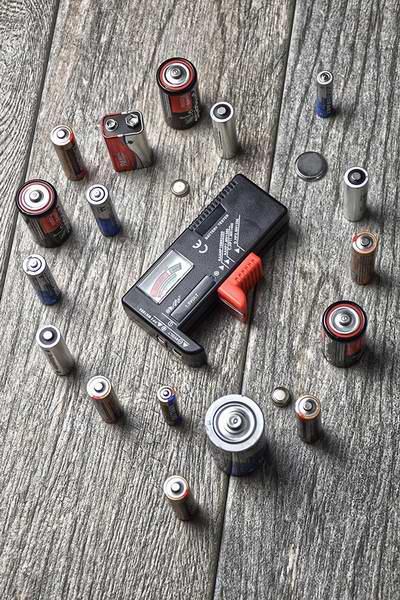 历史新低!SE BT20 电池电量测试器3.8折 5.75元限时特卖!
