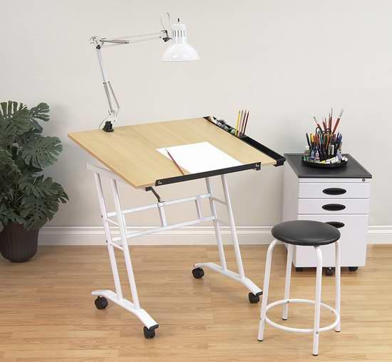历史新低!Studio Designs 13240 可倾斜 绘画桌/书桌+凳子套装3.5折 61.83加元限时特卖并包邮!