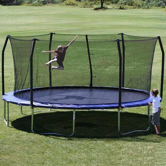 历史新低!Skywalker Trampolines 17英尺 超大椭圆形带保护罩 封闭蹦床5.4折 395.59加元包邮!