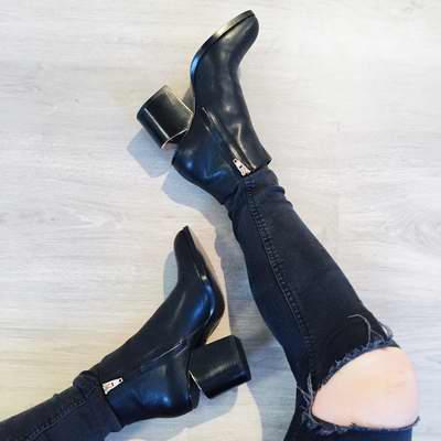 好穿又时尚,时尚博主最爱!精选 Alexander Wang 断根靴 5.5折起!