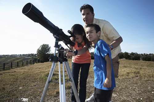 历史最低价!Celestron PowerSeeker 70EQ 天文望远镜 99.99加元包邮!内附月球观测视频!