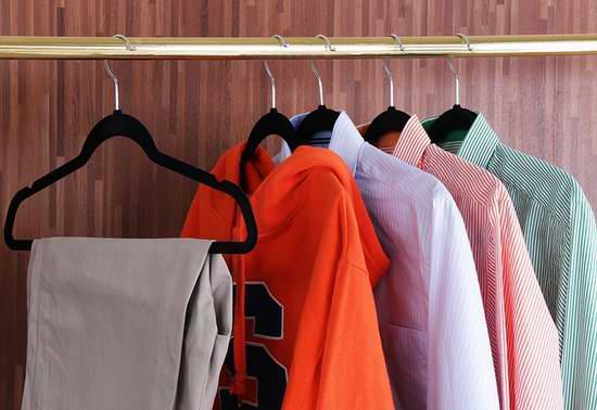 Utopia Home 黑色高级绒面衣架50件超值装 27.99加元!另有30件套19.99加元、150件套80.97加元!