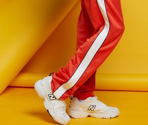 精选 New Balance 时尚运动鞋、运动服3.4折起+额外7.5折,折后低至15加元!