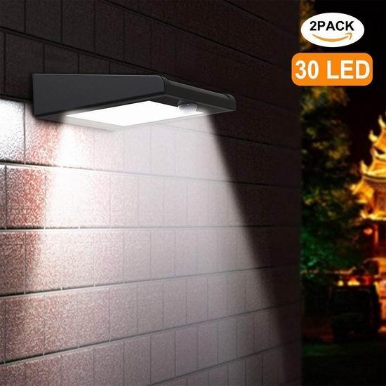Holan 30 LED 超亮 太阳能防水运动感应灯2件套 18.36加元限量特卖!