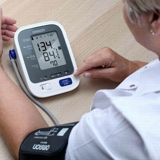 历史最低价!Omron 欧姆龙 3 Series BP710CANN 上臂式血压计 49.99加元包邮!
