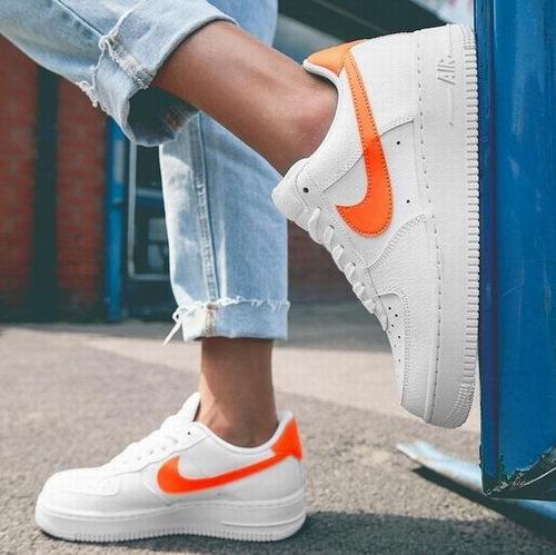 精选 Nike Air Force 1 成人儿童潮鞋 6折 79.99加元起特卖!