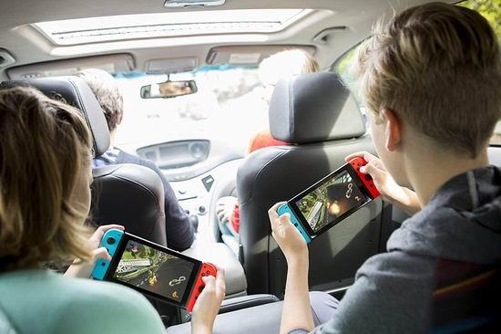 黑五专享:Nintendo 任天堂 Switch 便携式游戏机+《Mario Kart 8》套装 399.95加元包邮!