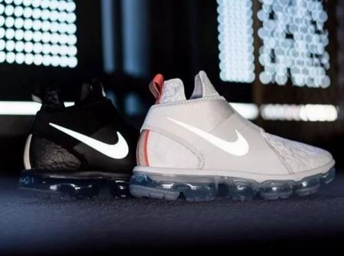 极佳包裹性!Nike 耐克 Air VaporMax Chukka 男士气垫运动鞋 139加元(2色),原价 295加元,包邮