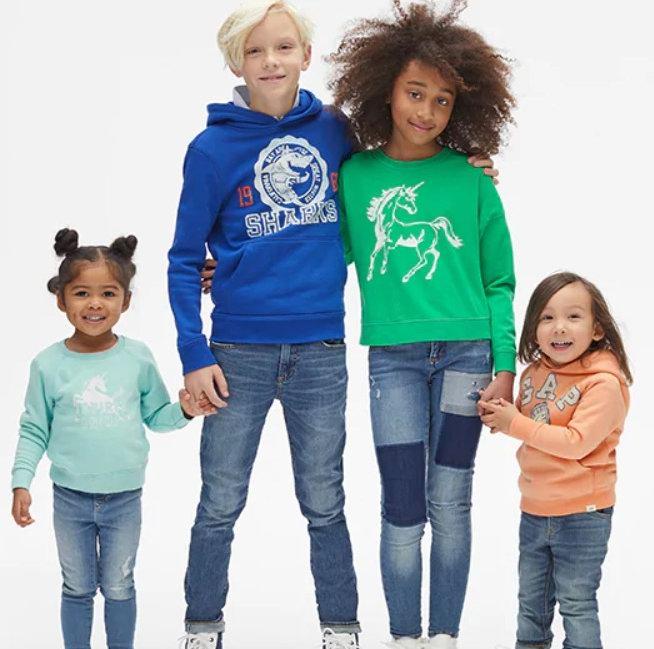 精选Gap成人儿童服饰4折起+额外5折!入超可爱的宝宝服饰!
