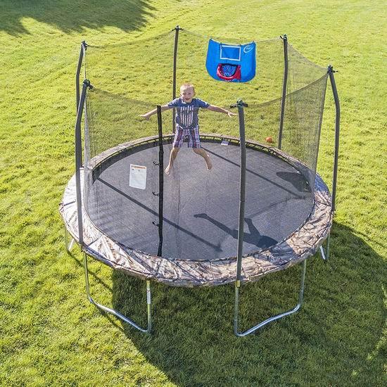 Skywalker Trampolines Jump N' Dunk 迷彩色 12英尺带保护罩+篮球框 封闭蹦床 373加元包邮!