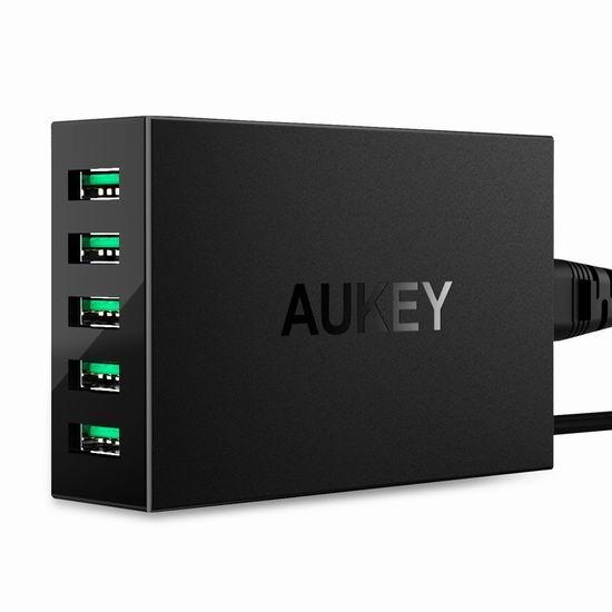 金盒头条:Aukey 50W/10A 5口大功率智能USB充电器3.6折 17.99加元!