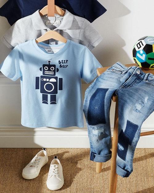 天气暖起来了,赶快为宝宝挑选!  H&M精选 儿童服饰 3折起特卖!