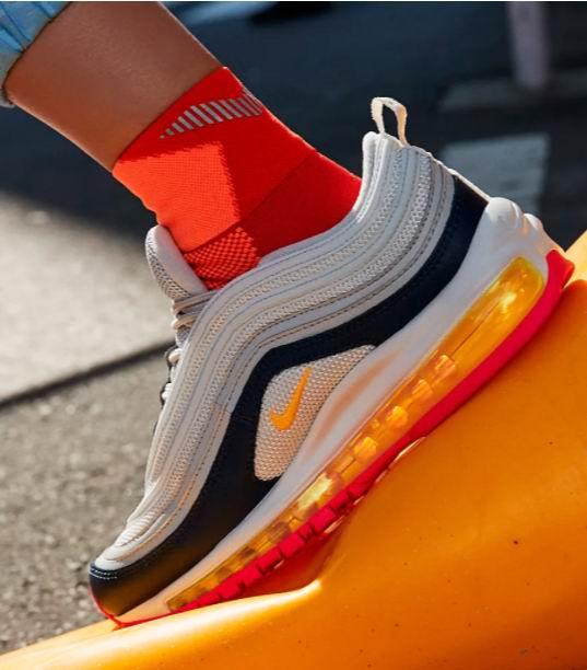 Nike 耐克 Air Max 97女士运动鞋 137.06加元,原价 215加元,包邮