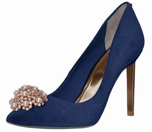 Ted Baker Peetch珍珠装饰高跟鞋 129.26加元(8.5码),原价 276.13加元,包邮