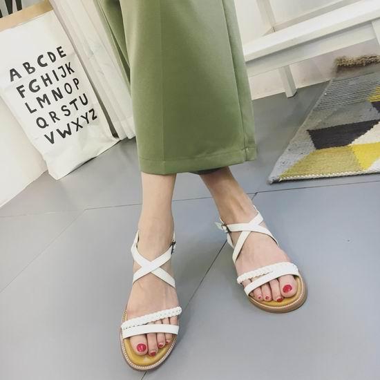 精选 Champion、Fila、Clarks、Calvin Klein 等品牌女式鞋靴3折起清仓+额外8.5折+无门槛包邮!