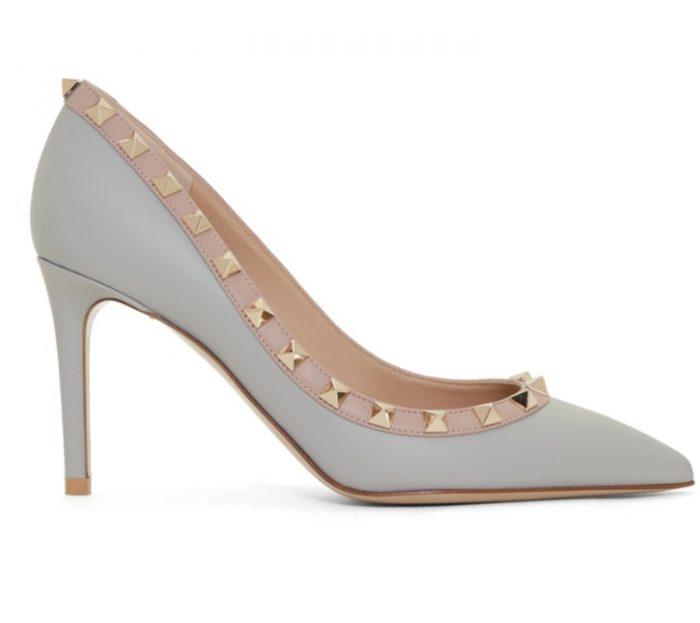 Valentino Garavani Rockstud铆钉高跟鞋 844加元,原价 970加元,包邮