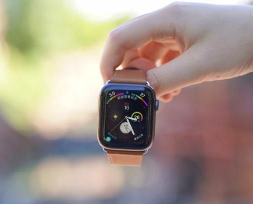 Apple Watch Series 3/4 智能手表 最高立减70加元!298.98加元入智能手表!