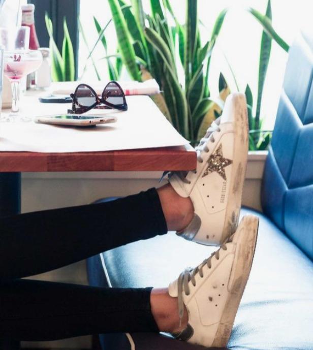 风靡全球Golden Goose 男士星星小脏鞋 4.8折 254加元起优惠!