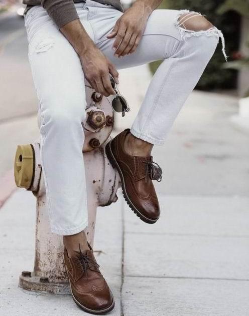 精选 Clarks、Calvin Klein、Fila 等品牌男士鞋靴全部5折+满150加元立减20加元!内附单品推荐!