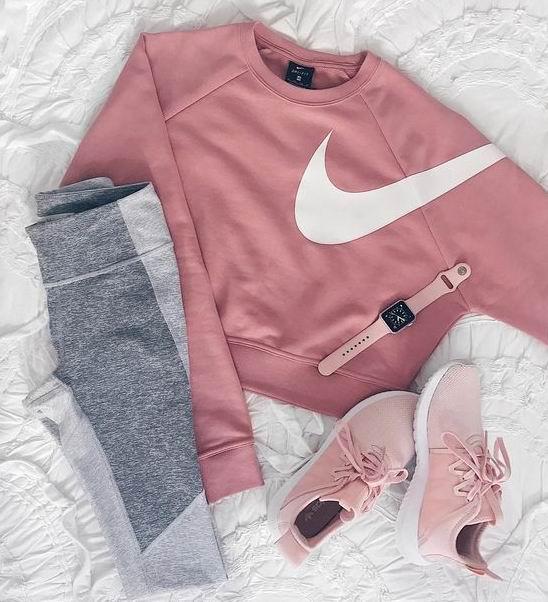 精选 Nike 耐克 女士潮款运动服、运动鞋3折起+额外8.5折!内附单品推荐!